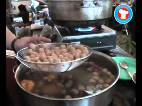 Resep Bakso Daging Sapi Halal. Info Mesin: 081298904455