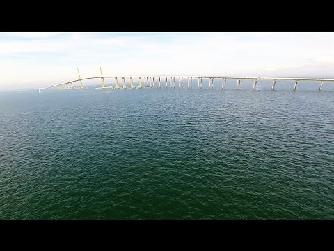 Full video sunshine skyway bridge and fishing pier fl for Navarre fishing pier cam