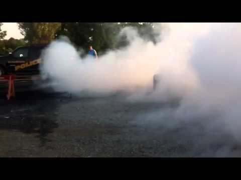 Burnout 2012 kingston, mi. Red Colored smoke part 3