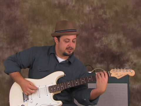 Guitar Scales Lesson – Pentatonic Scale and Playing up and Down the Neck