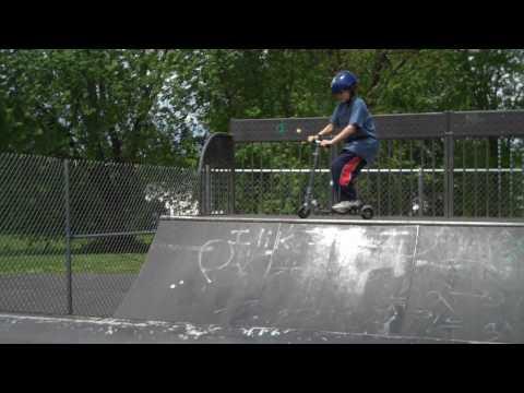 Scootering CT Skatepark