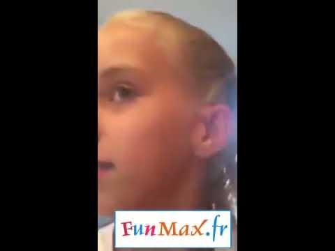 Pourrez-vous regarder cette fille percer un bouton vieux de 6 ans ? (видео)