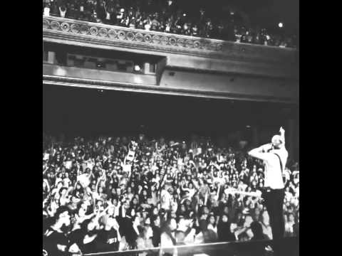 #r5familymexico you are epic! #louder #dancingoutmypantstour officialr5 on Instagram (видео)