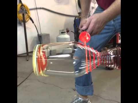 Sulaa lasia – Hypnoottista katseltavaa