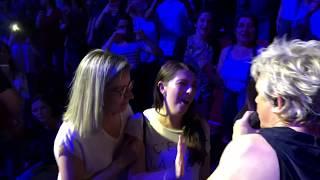 Indochine - Tes Yeux Noirs, live 13 Tour (extrait)
