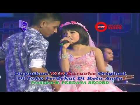 Video Gerry Mahesa & Tasya Rosmala - Kasih Tak Sampai - OM Aurora [ Official ] download in MP3, 3GP, MP4, WEBM, AVI, FLV January 2017