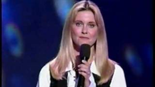 Olivia Newton John introduces KC & the Sunshine Band (live medley)