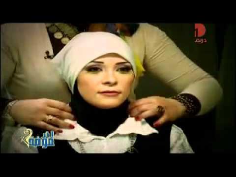 لفات طرح سهلة وسريعة وتليق علي القمصان وللجامعات