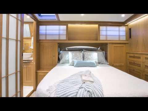Sabre Yachts 54 Fly Bridge Sedanvideo