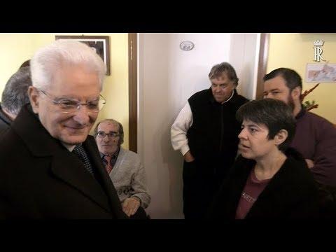 Mattarella visita casa famiglia di don Benzi видео