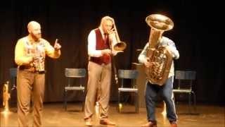 MNOZIL Brass TRIO with tuba