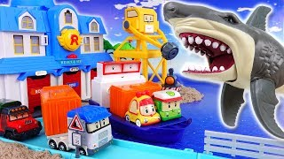 Video Giant Shark in The Brooms Harbor~! Robocar Friends It's Rescue Mission MP3, 3GP, MP4, WEBM, AVI, FLV Juli 2018