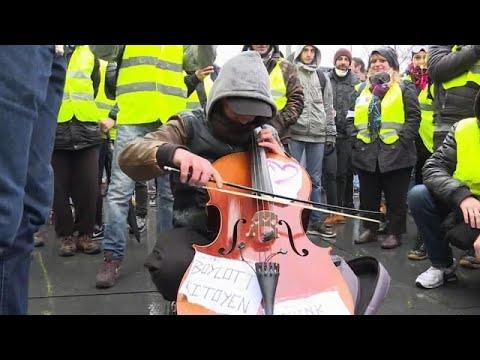 Frankreich: Mehr Polizisten als demonstrierende Gelbw ...