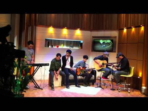 Nice Friday - Berakhir Sudah recorded @ Alif tv studio (Acoustic)