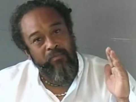 Mooji Video: Remain As the Self and Enjoy the Ride