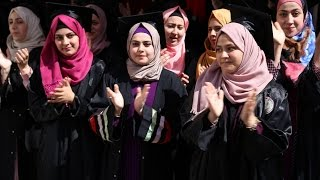 حفل تخريج طالبات الثانوية العامة في مدرسة بنات نزلة عيسى الثانوية