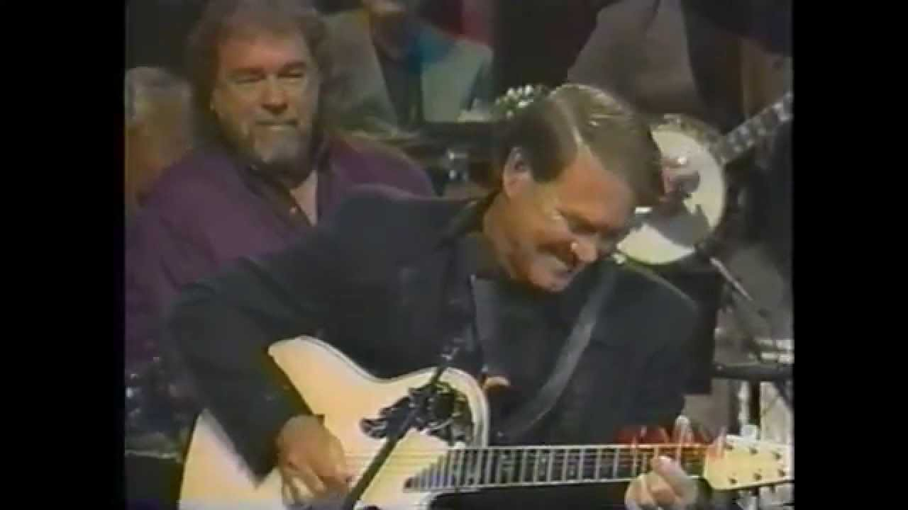 Glen Campbell – Gentle on My Mind (terrific guitar break)