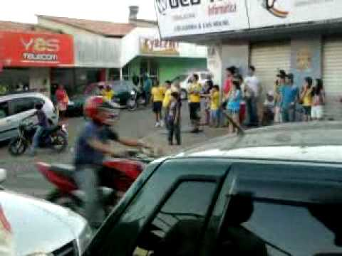 Comemorando a Vitoria do Brasil na copa 2010!!! Em Crixas GO!