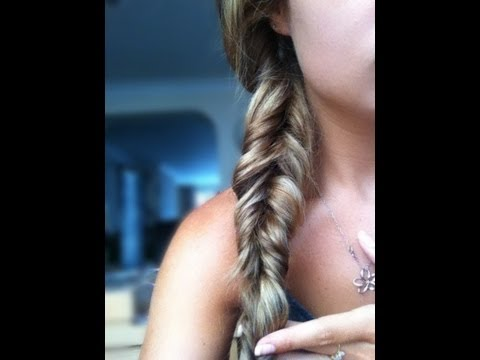 plait - Here is a quick mobile tutorial on how to create a Fishtail Plait / Braid in just 90 seconds or less! All you need is a hair band to secure the plait. * Star...
