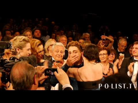 POlist.TV / Xavier Dolan standing ovation Mommy Cannes 2014