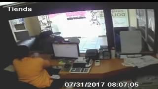 Cámaras de seguridad captan asalto sucursal de Vimenca en Santiago Rodríguez