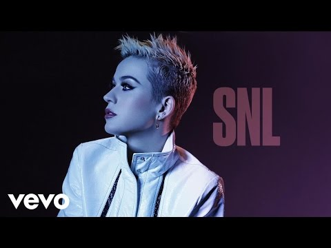 Katy Perry - Bon Appétit (Live on SNL) ft. Migos