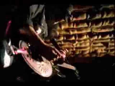 Eric Sardinas beer commercial Berghoff & Blues Slide