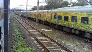 Nonton Brutal Overtake : 12290 Nagpur-Mumbai CST Duronto Overtaking Sainagar Shirdi Fast Passenger !!!!! Film Subtitle Indonesia Streaming Movie Download