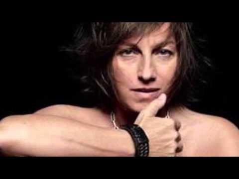 , title : 'Gianna Nannini ❤️ Amica Mia'