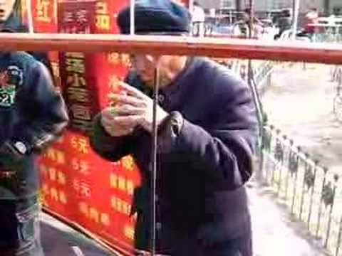 Bizarre Street Scenes on Chinas Streets picture