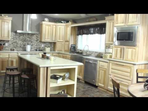 Central Great Plains Show Home Tour by Redman