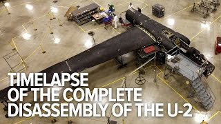 Amazing time-lapse of the disassembly of an entire U-2 plane