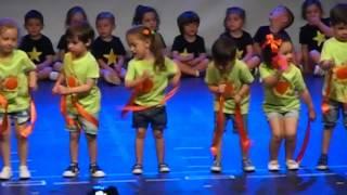 Nonton Festival Fin de Curso 2016. CEIP GUERNICA. Infantil 3 años Film Subtitle Indonesia Streaming Movie Download