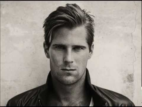 basshuter - New Single by Basshunter 2013 - Far Far Away Radio edit Many Thanks to http://www.basshunter.it/ VISIT THE WEBSITE UnOfficial Video Preview coming from the I...