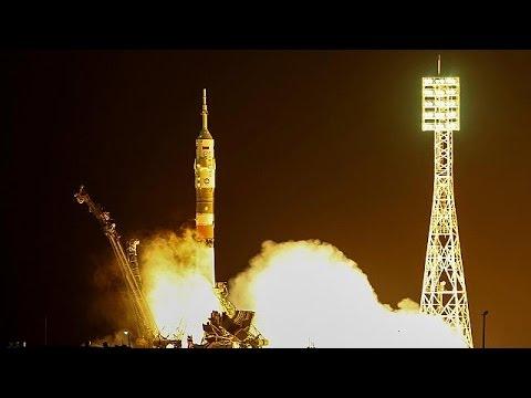 Επιτυχής η εκτόξευση του Σογιούζ – Μεταφέρει 3 αστροναύτες στο ΔΔΣ