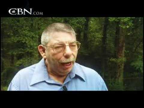 God Heals Man of Cerebral Palsy — Testimony — CBN.com