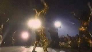 MC Hammer - Dancing Machine (Video)