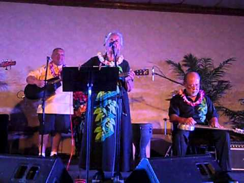 Diana Aki Performs Traditional Hawaiian Medley of Songs