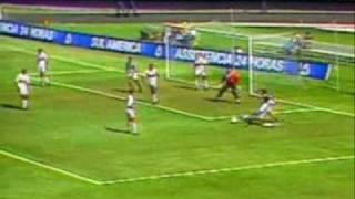 Palmeiras e São Paulo jogam pela quadrangular final do Brasileiro de 1993, para o Palmeiras bastava empatar, enquanto a...