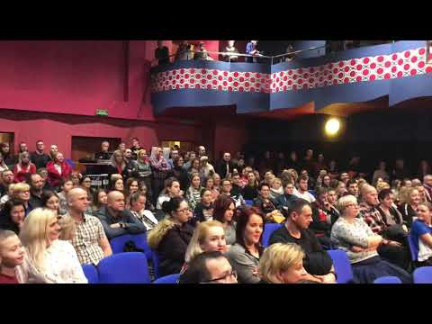 Wideo1: Finał licytacji złotego serduszka WOŚP w Gostyniu