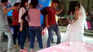Cô dâu nhảy cực ngầu!