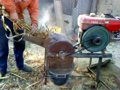 Masina de macinat carne electrica DeWALT