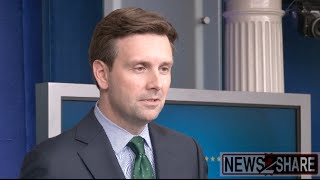 Josh Earnest Criticizes Use of Anonymous Sources