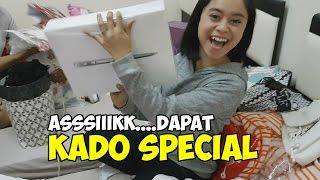 Download Video INTIP LESTI BONGKAR KADO DARI LESLOVE HONGKONG YUUUKK... MP3 3GP MP4