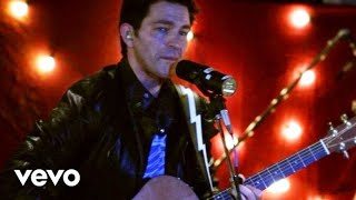 Andy Grammer & Colbie Caillat - Fine By Me (Live)