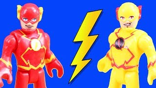 Video Imaginext Flash & Reverse Flash Speedsters Time Travel To Rescue Superheroes Batman & Superman MP3, 3GP, MP4, WEBM, AVI, FLV Juli 2019