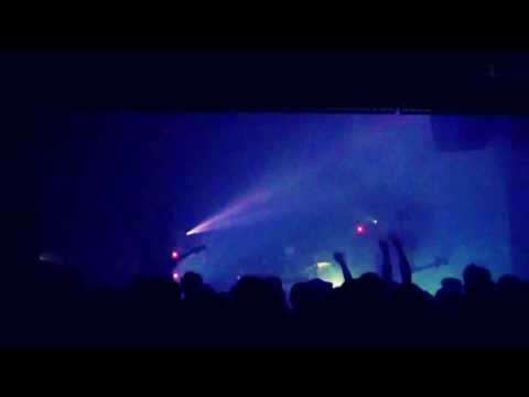 Let's pretend this is an audio only recording. @APTBS live @013! This was so effin' cool! #incu13 [video]