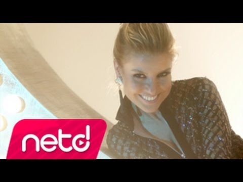 Gülben Ergen feat İzel & Ercan – Özledim