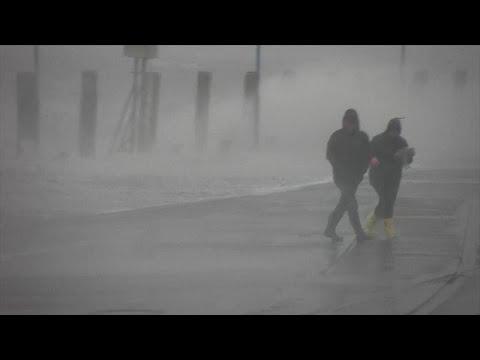 Ελβετία: Η καταιγίδα Σαμπίν σαρώνει τη χώρα με ισχυρότατους ανέμους…