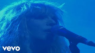 Music video by Hole performing Pacific Coast Highway. (C) 2010 The Island Def Jam Music Group